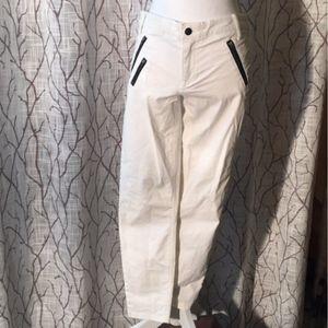 Gap white khaki skinny pant black zippers